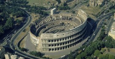 aerial-view-colosseum-p